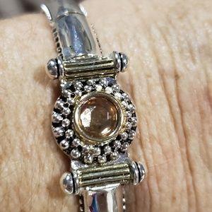 EUC ladies stretch topaz bracelet